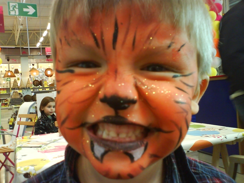 Maquillage enfant loup - Maquillage loup facile ...